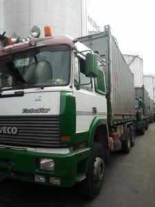 Kamrate-Trucks-in-Transit-225x300