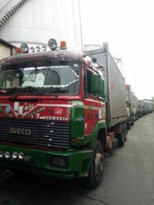 Kamrate-Trucks-in-Transit-3-225x300